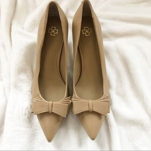 Ann Taylor / Leather Bow Heels Size 9